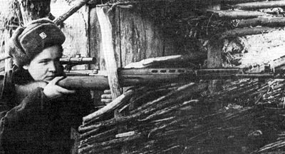 Снайперская винтовка СВТ-40 используемая чешским снайпером