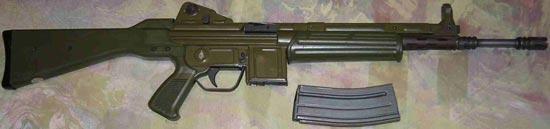 Штурмовая винтовкаCETME modelo L более позднего выпуска
