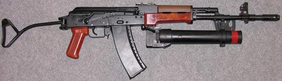 Kbk wz 88 Tantal с установленным подствольным гранатометом Kbkg wz. 1974 Pallad