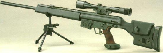Снайперская винтовка PSG-1 на сошках